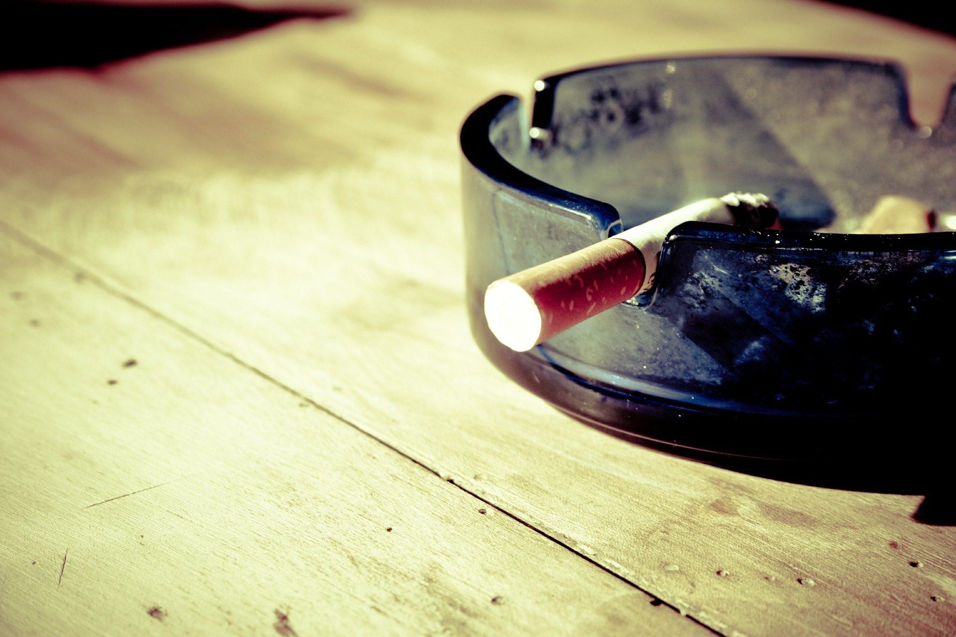 Tupakka-asunto